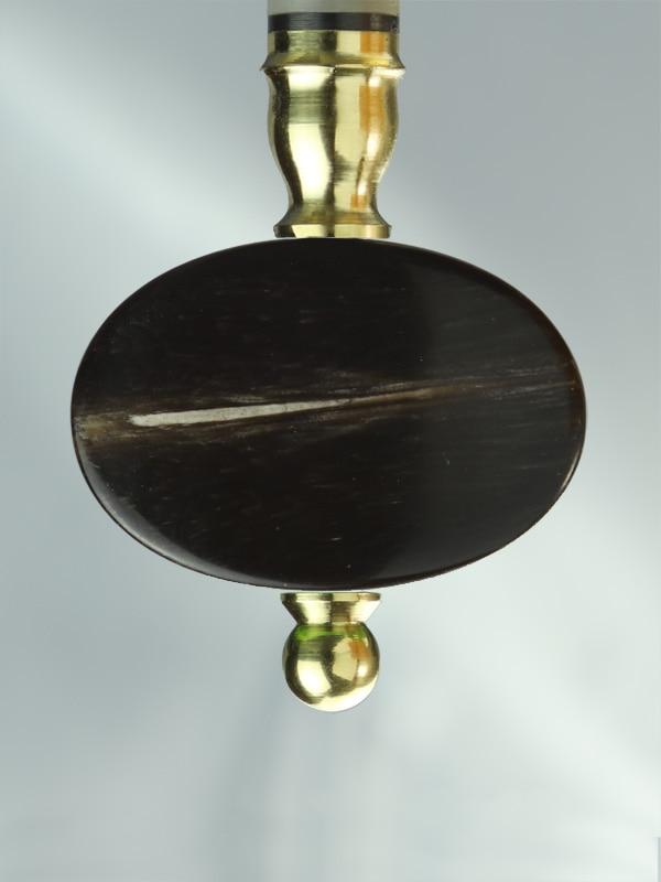 Oval Horn