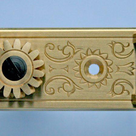 L634 Brass Light MOP